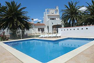 Villa for 10 people only 1500 meters from the beach Tarragona