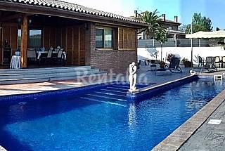 Villa con piscina privada  8-10 pers. 300m playa Tarragona