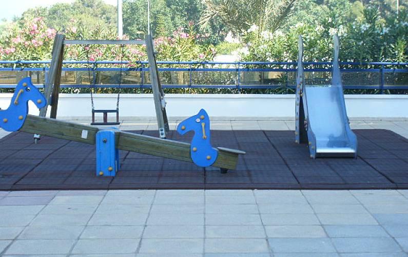 Apartamentos en gandia playa eden rioja salinas grau i for Jardin urbano valencia