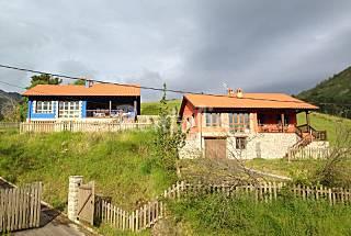 2 Espectaculares casas en la cima de una montaña Asturias