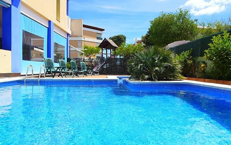 Apartamento de 1 habitaciones a 50 m de la playa for Apartamentos jardin playa larga tarragona