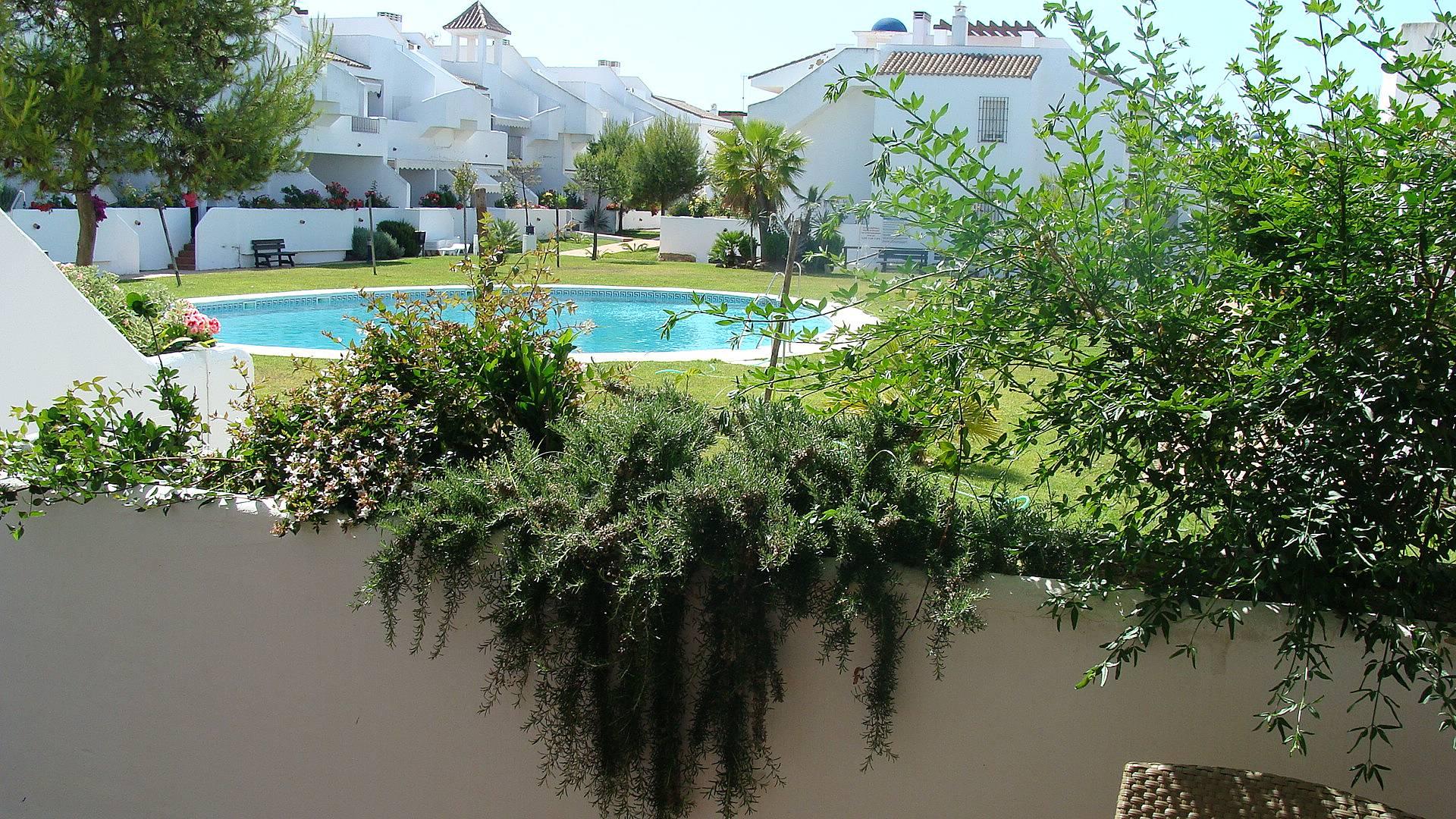 Apartamento de 2 habitaciones a 1300 m de la playa - Rentalia islantilla ...