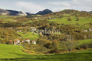 Casa en alquiler con jard n privado melarde pilo a for Casa jardin asturias