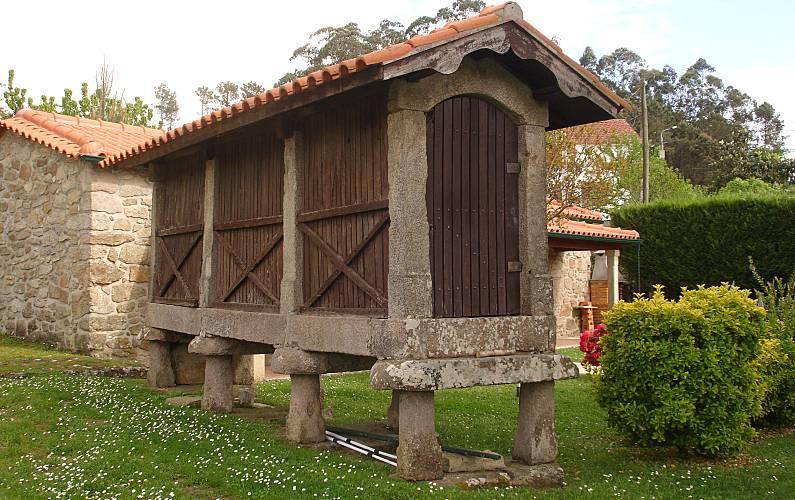 2 Casas para alugar com piscina - 10365/AL Viana do Castelo