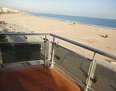 5 Apartments for rent on the beach front line HUTT173 a HUTT177 Tarragona