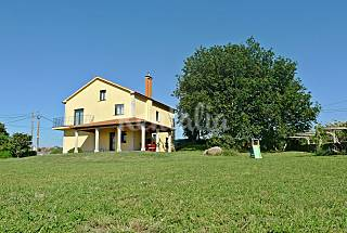 Villa with 4 bedrooms only 400 meters from the beach Pontevedra