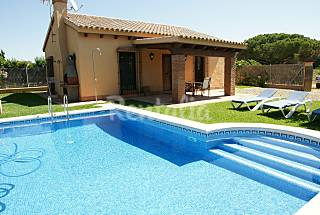 House for rent only 1500 meters from the beach Cádiz