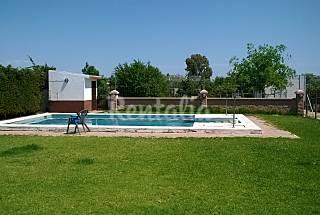 Casa en alquiler a 3 km de la playa Cádiz