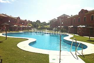 Chalet para 4 personas, piscina, cerca playa Huelva