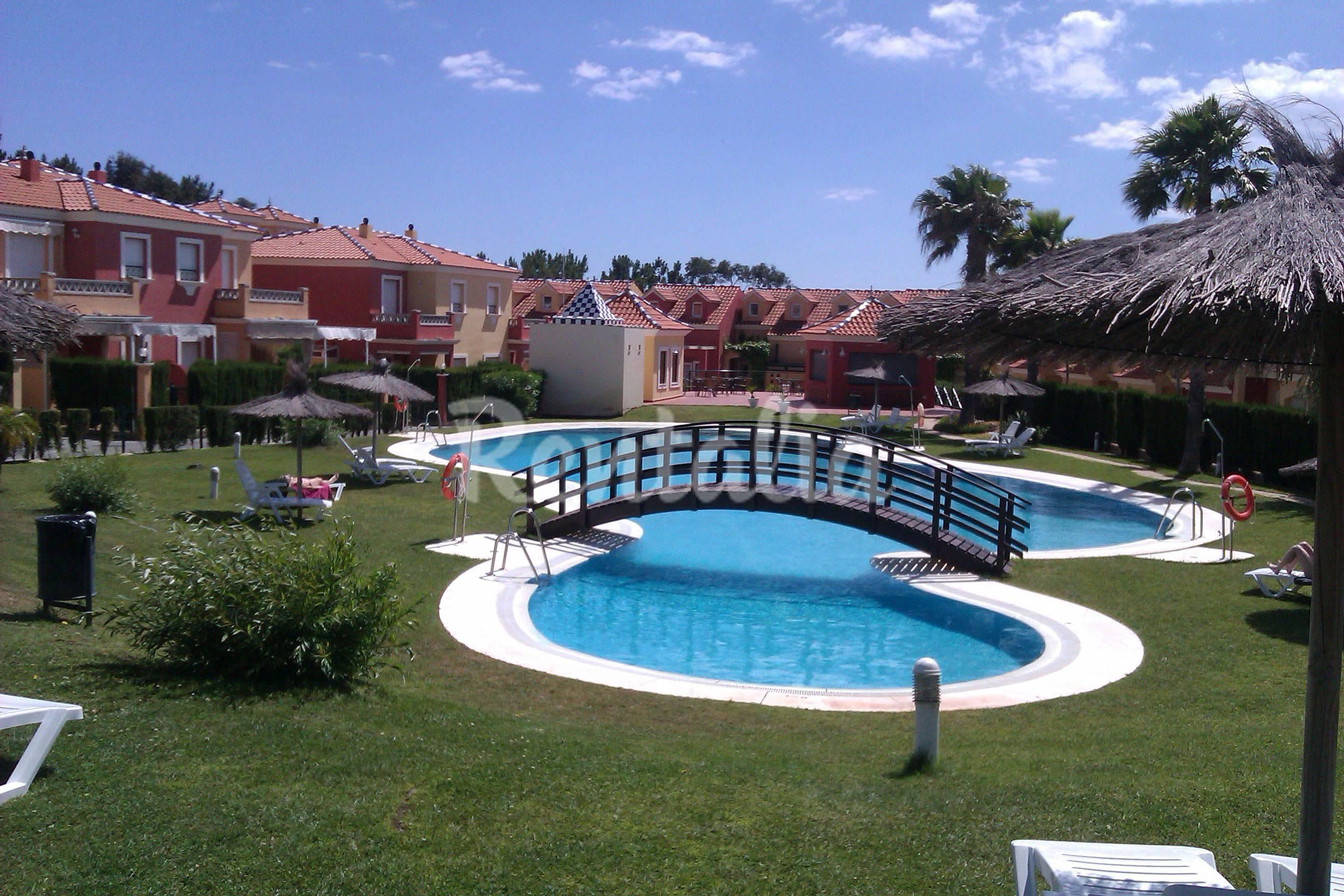 Apartamento en alquiler a 1000 m de la playa islantilla - Rentalia islantilla ...
