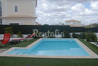 Villa 300m from Beach, swimming pool, 10 people Algarve-Faro