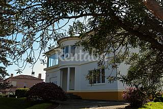 2 apartments located on a quite street with garden São Miguel Island