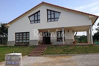 Villa en location à 5.5 km de la plage Asturies