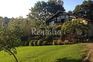 Caserio en finca con encanto a 18 Kms de Bilbao