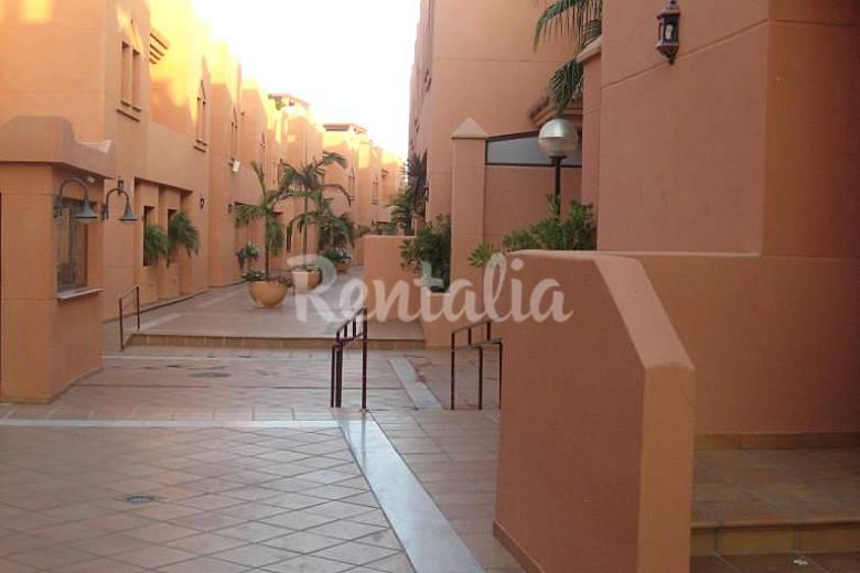 Casa adosada 400 m de playa urbanizaci n lujo playa for Jardin botanico granada precio