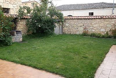 Chalet independiente, jardín y barbacoa -Segovia- Segovia