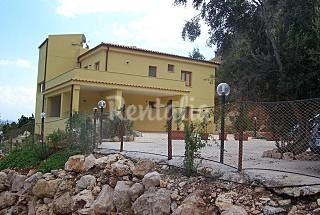 8 Apartments at only 2 km from the beach Trapani