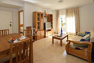 Apartment for 5-8 people only 50 meters from the beach Murcia