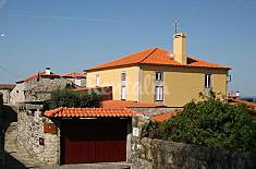 House for 16 people only 800 meters from the beach Viana do Castelo