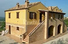 Casa in affitto a 15 km dalla spiaggia Ascoli Piceno