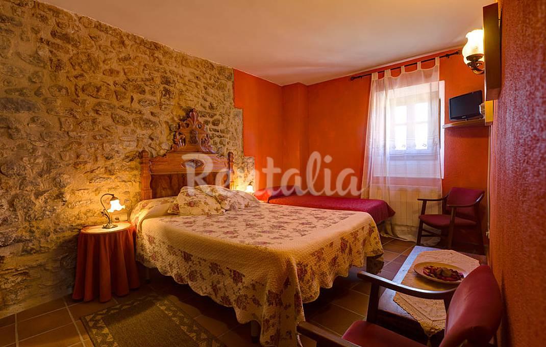 Villa para 17-20 pax. con piscina y gran jardín Girona/Gerona