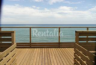 Apartments with kitchen, bathroom, balcony, living- and bedroom on the beach front line Tarragona