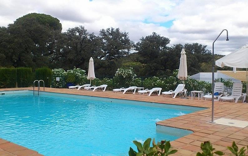 3 casas para alugar com piscina el castillo de las for Casa rural sevilla piscina