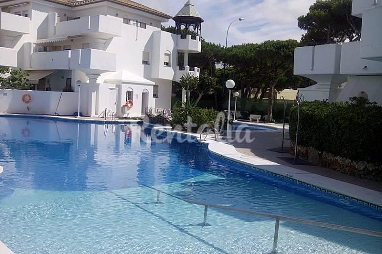 Casa para 10 personas a 50 m de la playa sancti petri la for Piscina 50 metros cadiz