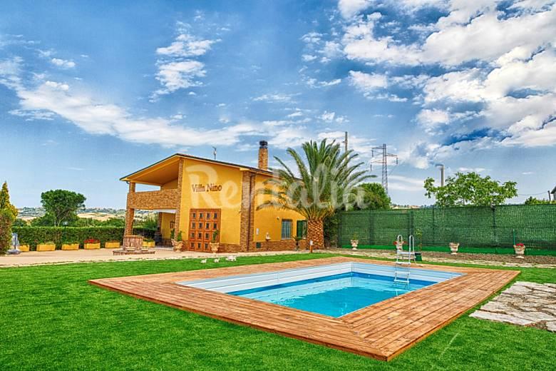 Alquiler vacaciones apartamentos y casas rurales en - Alquiler casa rural cataluna ...