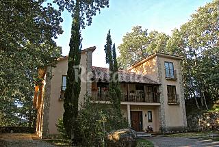 Villa for 10-11 people with private garden Ávila