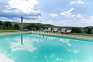 Sangiovese country house with pool in Chianti area Florence