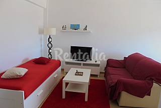 Apart for 2-4 people only 500 meters from the beach Leiria
