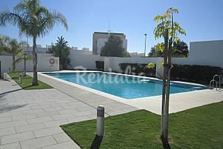 2 New Apartments near the beach -sleeps 1-5 people Cádiz