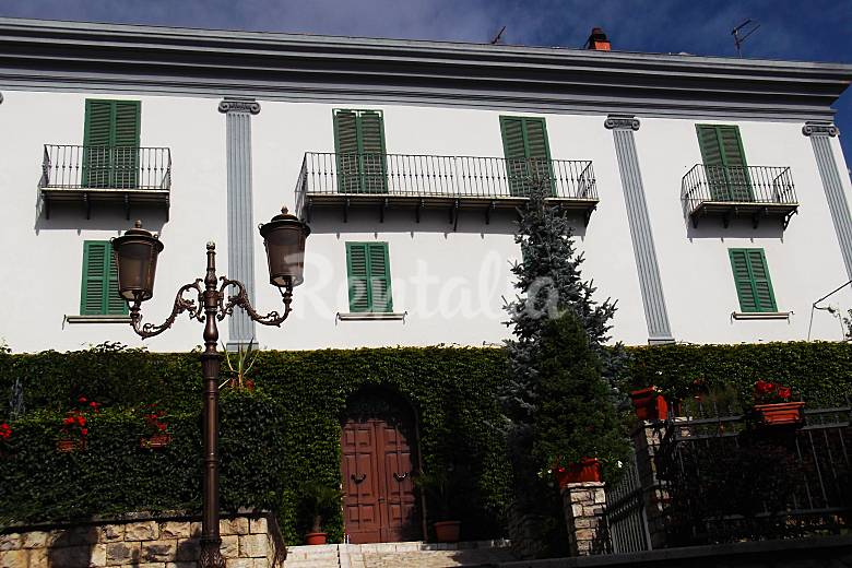 Apartment for 6-9 people in mountain environment Isernia