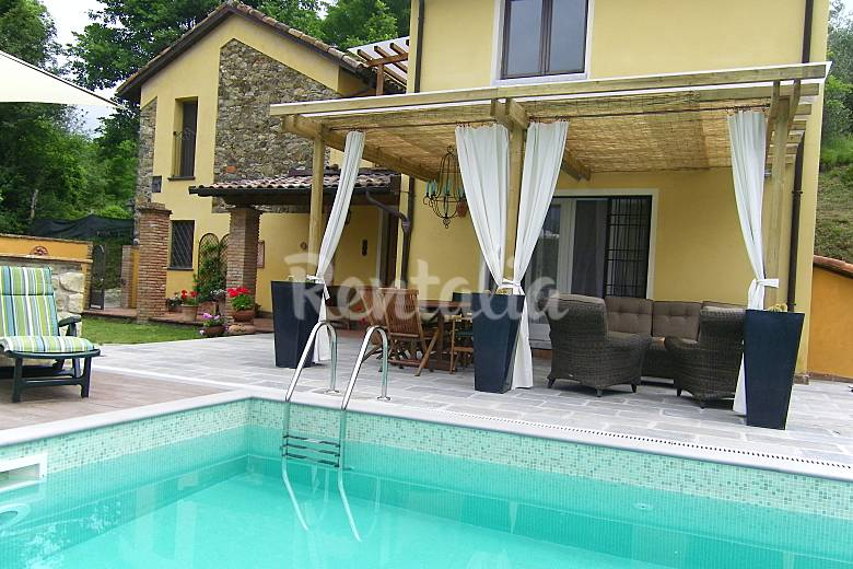 Indipendent villa in Tuscany Massa and Carrara