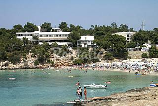 Apartment for 2-5 people only 75 meters from the beach Ibiza