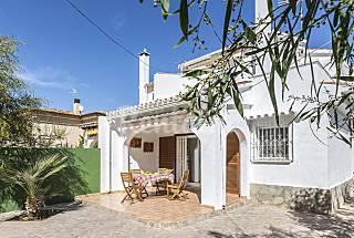 Villa Marina+ 8 tapas+ 2 cocktail+ 2 spa Alicante