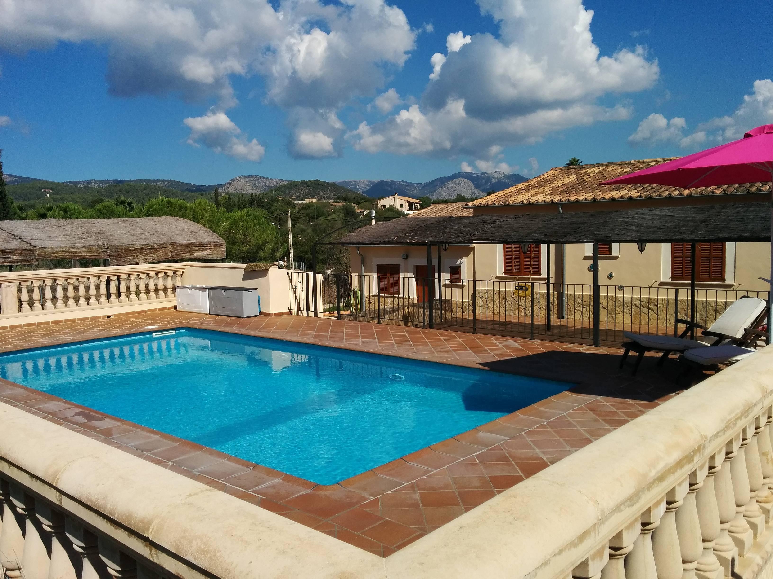 Apartamento r stico con piscina establiments palma de - Piscinas palma de mallorca ...
