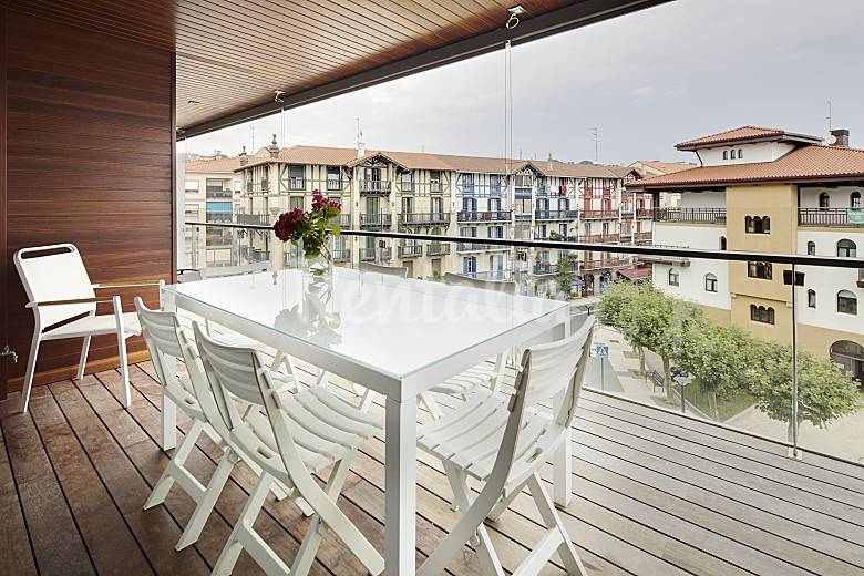 10 apartamentos hondarribia exclusivos y nuevos hondarribia fuenterrab a guip zcoa costa vasca - Apartamentos turisticos en san sebastian ...