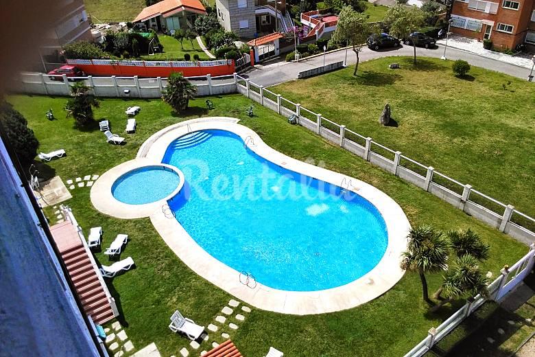 Apartamento de 3 habitaciones con piscina rocamar for Habitaciones con piscina dentro
