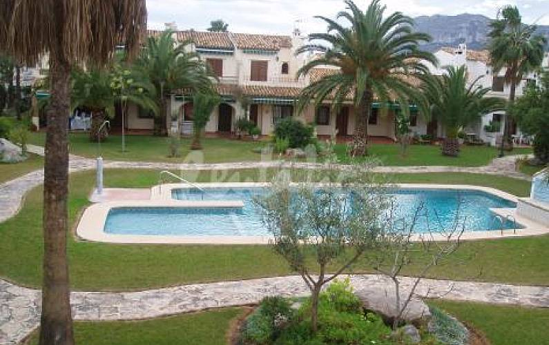 Apartment for 2-4 people only 70 meters from the beach Alicante - Swimming pool