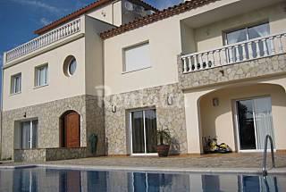 Villa entièrement équipée à 5 km de la plage Gérone