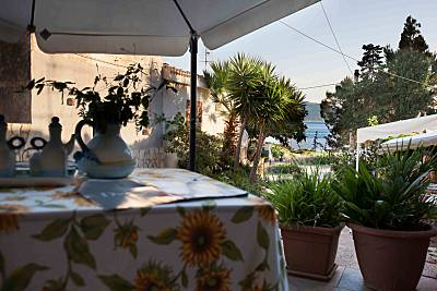 La Casa per 6-8 persone a 100 metri dalla spiaggia Trapani