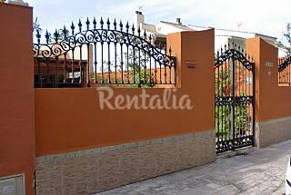 House with 4 bedrooms only 500 meters from the beach Cádiz
