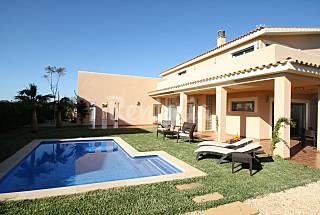 Villa for 7 people only 1500 meters from the beach Majorca