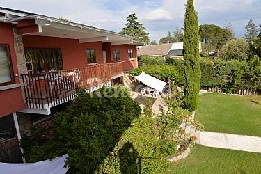 Villa en alquiler con piscina galapagar madrid for Alquiler bajo con jardin madrid