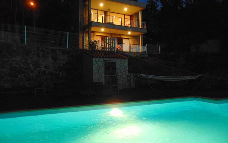 Casa Piscina Braga Amares Villa rural - Piscina