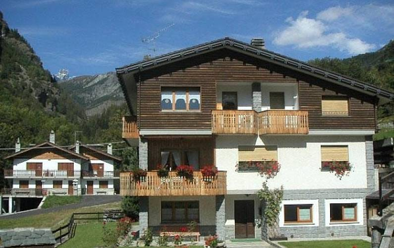 Appartamento in affitto Breuil Cervinia Valtournenche Aosta - Parte esterna della casa