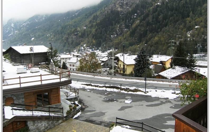 Appartamento Vista dalla casa Aosta Valtournenche Appartamento - Vista dalla casa