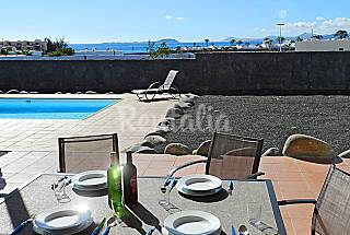 Villa with 3 bedrooms only 400 meters from the beach Lanzarote